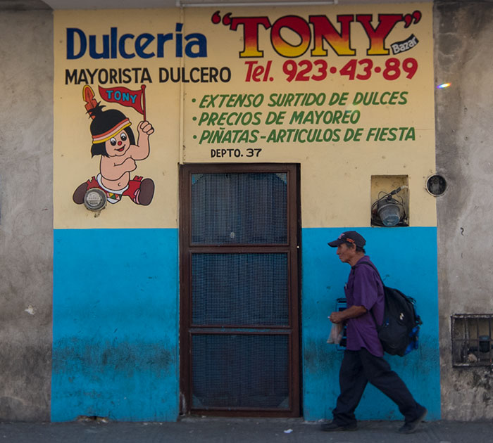 Dulceria Tony Door in Merida, Mexico